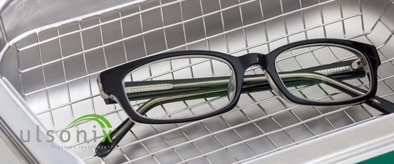 glasses in ultrasonic cleaner ulsonix